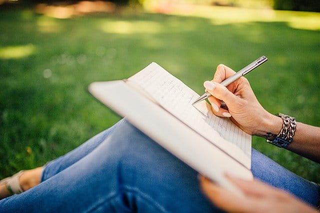 scrivere libro