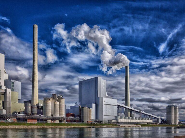 Impianti di aspirazione industriale: vantaggi e manutenzione